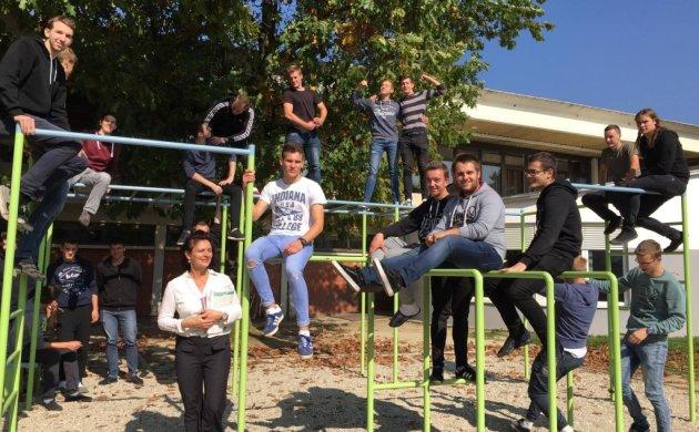 Pod odmorom na spravama za vježbanje koje su izradili učenici Tehničke škole Čakovec