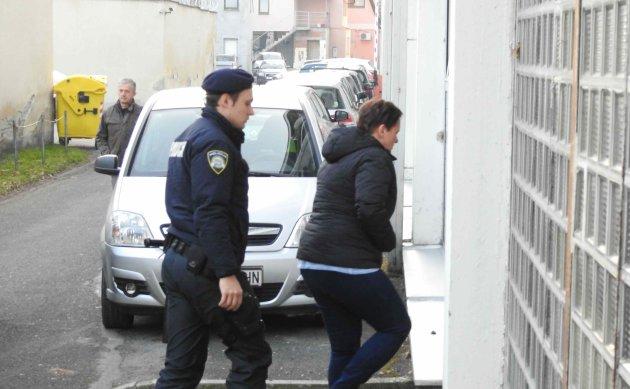Smiljana Srnec pred zgradom suda: Nisam kriva!