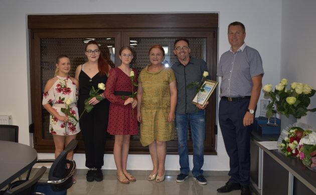 Juniorke SRD-a Drava primile su Zahvalnicu općine za osvojeno 3. mjesto na Kupu Hrvatske